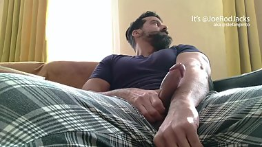 Freeballing Muscle Guy Pulls Cocks Out and Teases