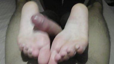 MoniSweetFeet Footjob 1