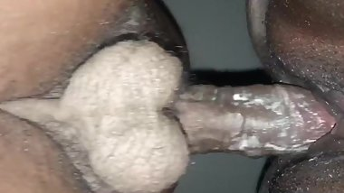 Close up pussy creaming n cumming on dick