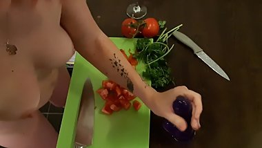 Amateur young cook with knife handmade big cum