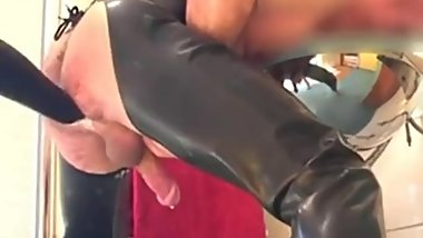latex milking