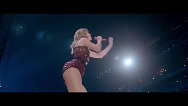 Taylor Swift I Think He Knows Reputation Stadium Tour Music Video