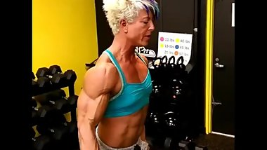 FBB Female Muscle biceps