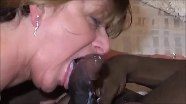 Mature mom in lingerie is doing a bbc while hubby recording