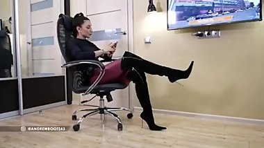 Russian Mistress Catherina in Boots