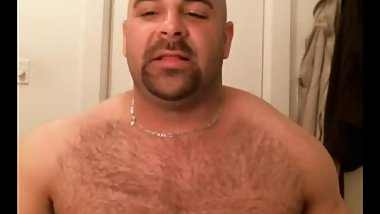 Musclebear on cam