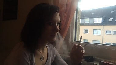 Natty most perfect girl smoking 2 at once