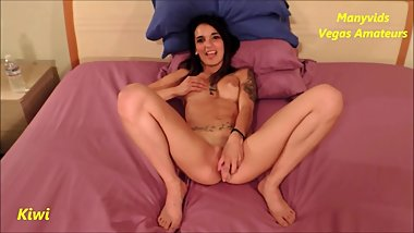 Manyvids Vegas Amateurs Kiwi 001-solo latina fucks her pussy with a toy