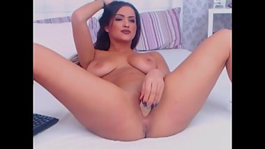 Perfect Cutie Fisting and Fingering Pussy In a True Webcam Show HD
