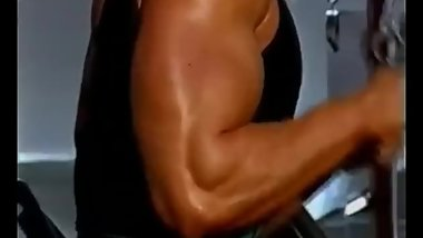 Thick Triceps