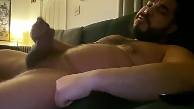 Hunky Daddy Bear Fat Cock Cumshot BLOWOUT
