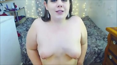 BBW loves to gag