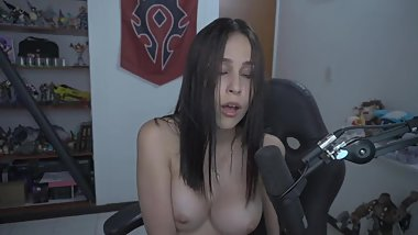 Gamer girl showing her slutty pleasure face while getting a pussy orgasm