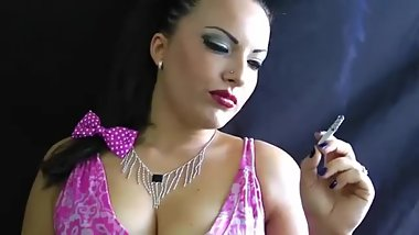A full length compilation of the very best Alexxxya smoking fetish clips!