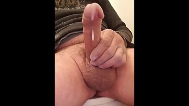 BUSTING A THICK NUTT IN THE BATHROOM