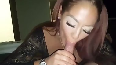 Reward after a romantic date, show sucking skills