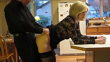 Slutty mature wife gets amazing creampie from her stepson in kitchen