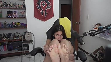 Showing my feet soles while I take pleasure