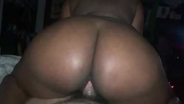 Big Booty Ebony Rides DICK Reverse Cowgirl Makes Him Cum FAST