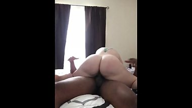 Thick pawg couldn't stop shaking on her first bbc